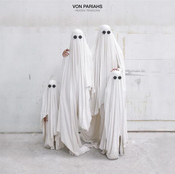 Von-Pariahs-Hidden-Tensions