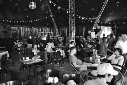 Cirque-ou-presque et le Presque bar