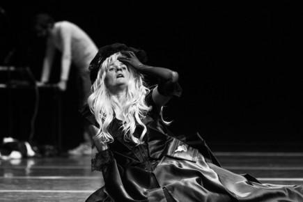 Cirque-Cecile-Loyer-Triangle-imprimerie-nocturne-Karine-Baudot-16
