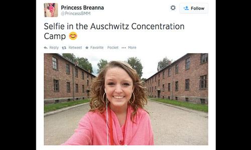 Auschwitz-selfie
