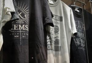 Expo Rock une histoire nantaise- Tee shirt groupes Kiemsa - Franck Amouroux